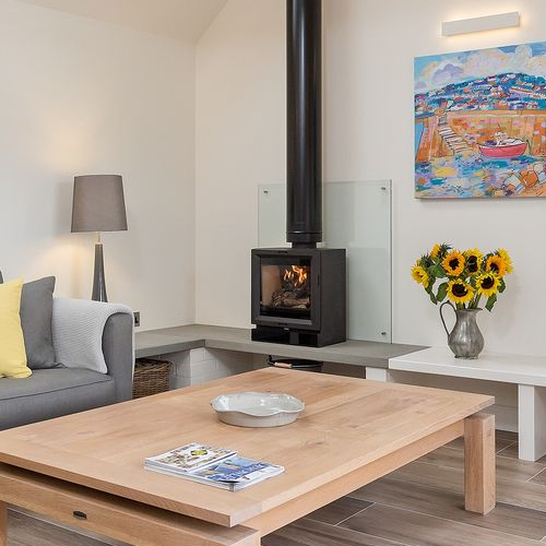Sidmouth Design chooses View 8 woodburner from Stovax to complete contemporary space