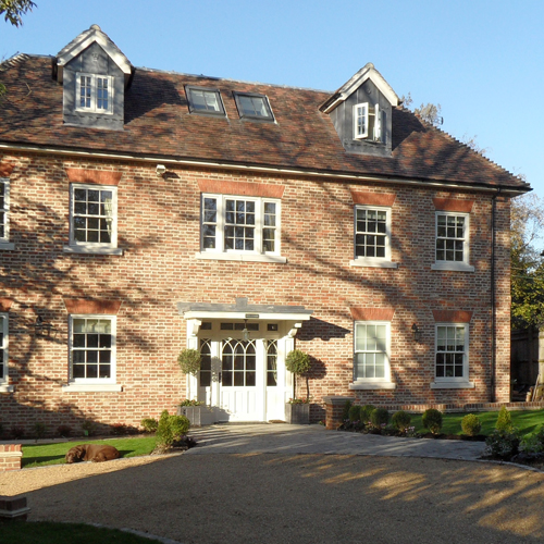 Benjamin Allen Bespoke Homes selects a Stovax Huntingdon woodburner to complete the Moat House