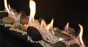 pebbles and white stone fuel effect