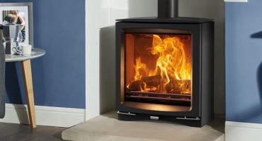 How to light the perfect fire quickly and efficiently