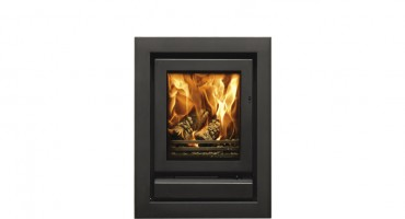 Built-in multi-fuel fires