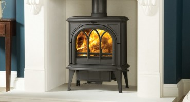 Burn efficiently with a Stovax woodburner this cold weekend!
